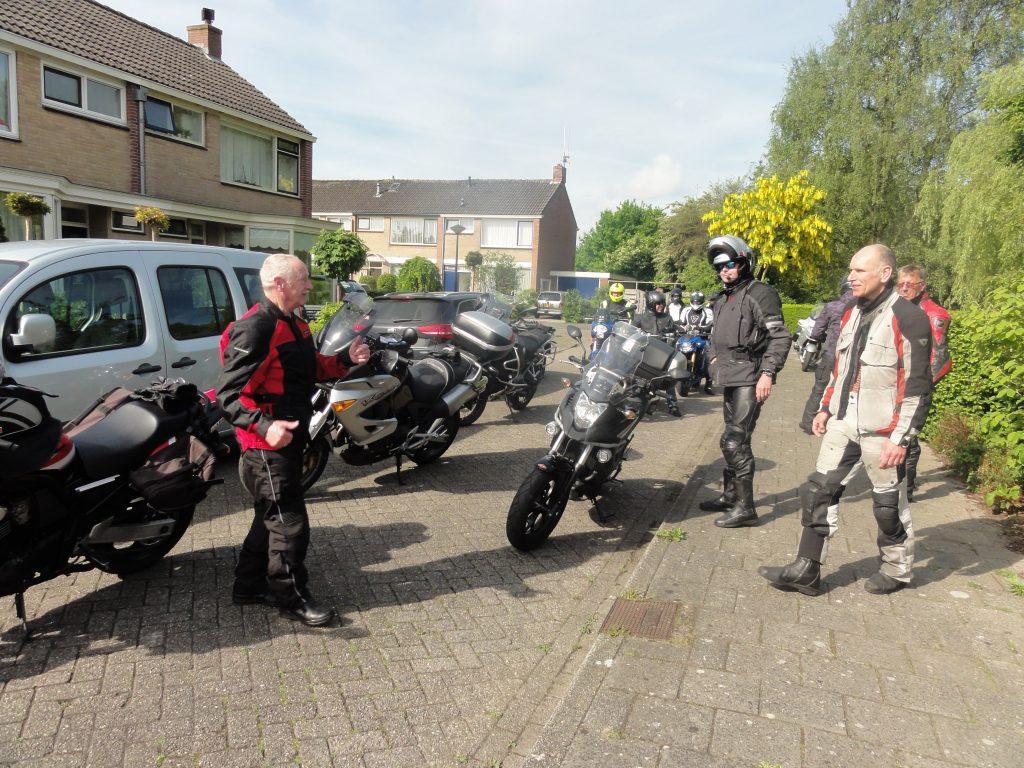 Motortocht Roele de vries in de Wieringstraat